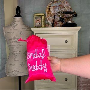 BNWT Bridal Buddy